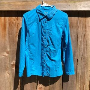 Mountain hardware beautiful blue button down